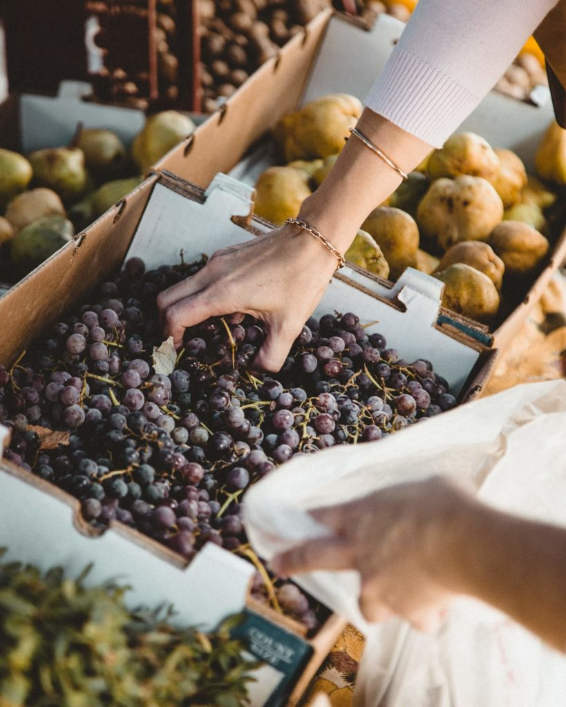 Going food shopping at the farmers' market is a great way to reduce waste in the kitchen