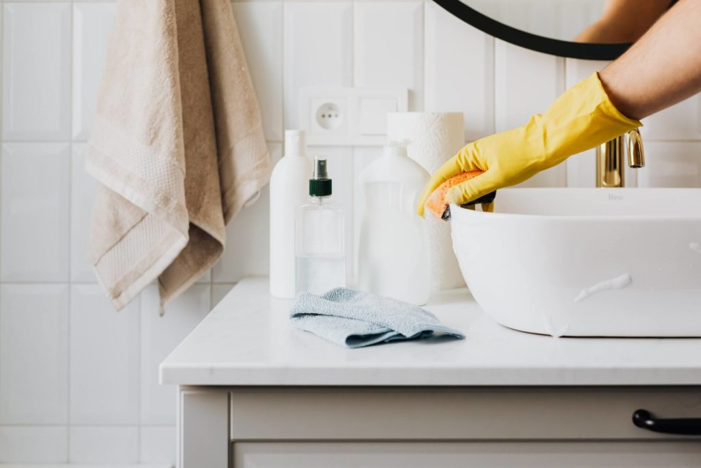 These 4 ingredients are key to create homemade cleaning products that work well.